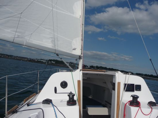 ikone-7.50-sous-voiles
